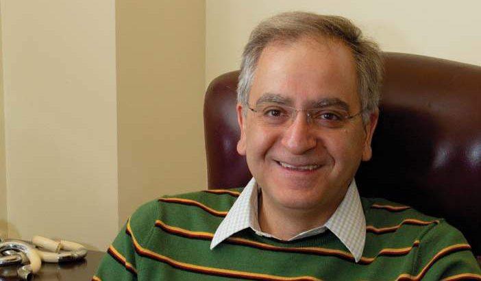 پروفسور کامران وفا